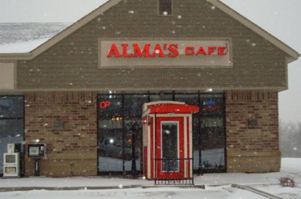 Alma's Cafe