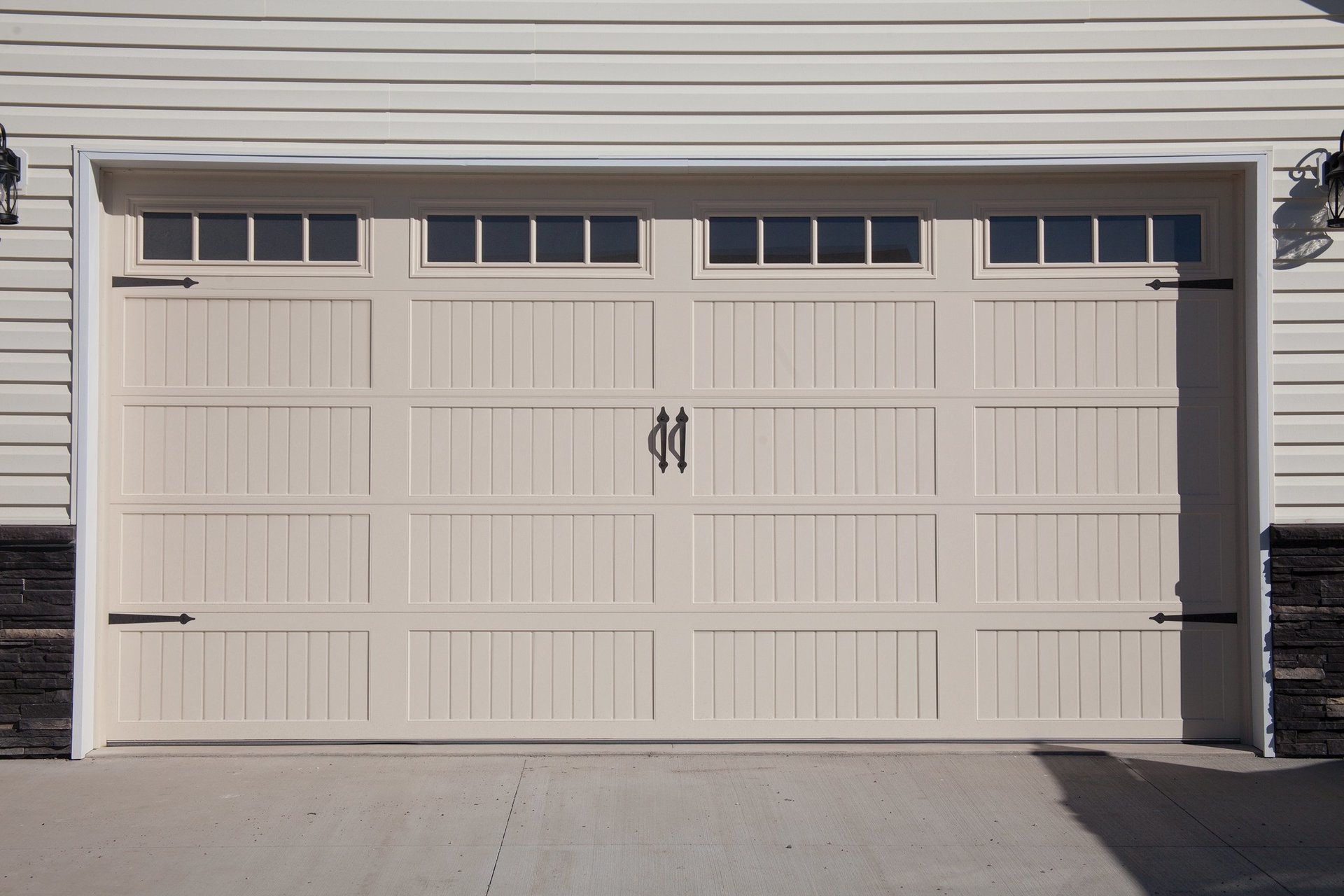 Quality garage door llc sales installation west fargo nd broken spring rubansaba
