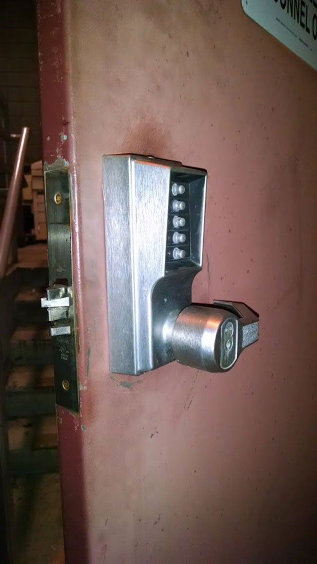 Pushbutton mortise lock