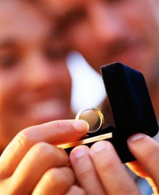 Engagement rings | Leavenworth, KS | Lloyd's Of Leavenworth | 913-682-7936