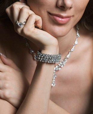 Jewelry designer | Leavenworth, KS | Lloyd's Of Leavenworth | 913-682-7936