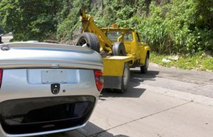 automotive towing | Hermitage, TN | Donelson Wrecker Service  | 615-889-6218