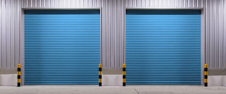 Rolling steel garage door