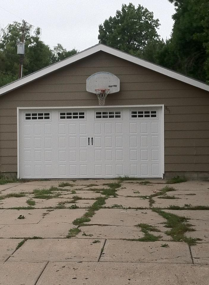 Residential Amp Commercial Garage Door Installation Lincoln Ne