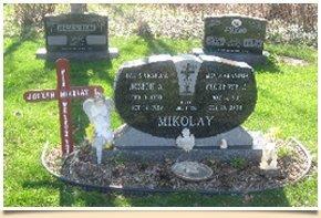 Customized memorial marker