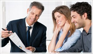 Resume Counsellor instructing employees