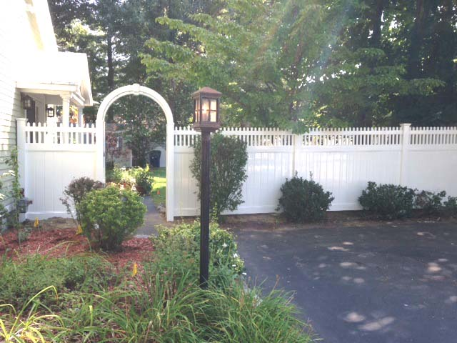 Lancaster fencing with Arbor