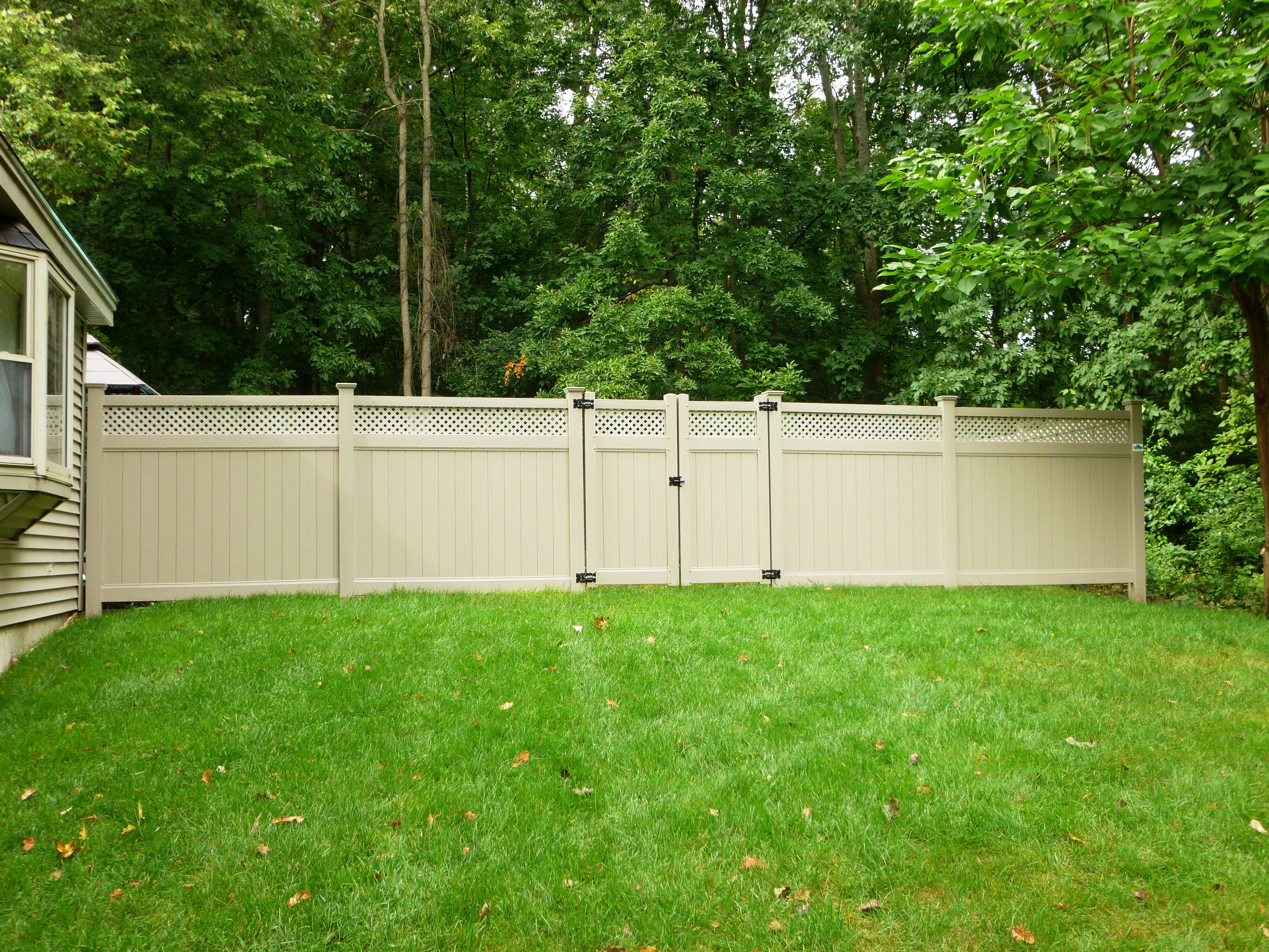 Middlesex fence gates in Almond