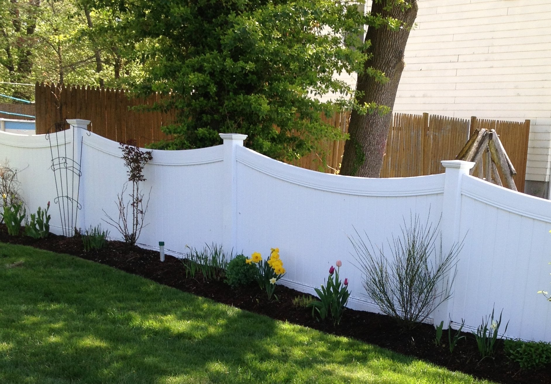 Curved Bufftech fencing