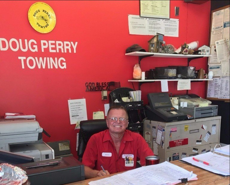 Doug Perry Towing Perry S Full Service Gas Station