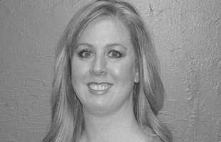 Dana Lenheart - Cosmetologist