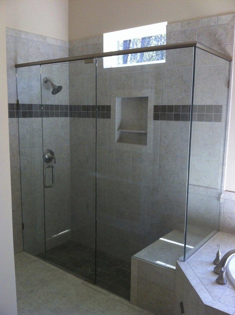 90-degree shower enclosure
