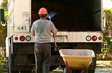 Yard cleanup | Omaha, NE | Containers To Go | 402-289-1919