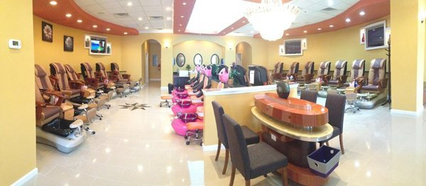 Nail Salon - Asheville, NC - Divine Spa & Nails