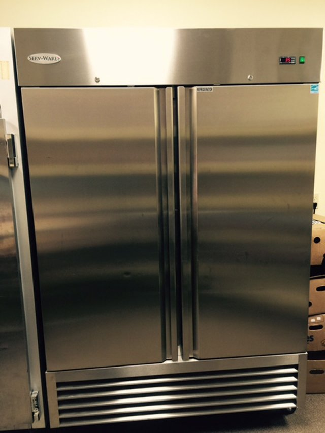Serv-Ware refrigeration unit