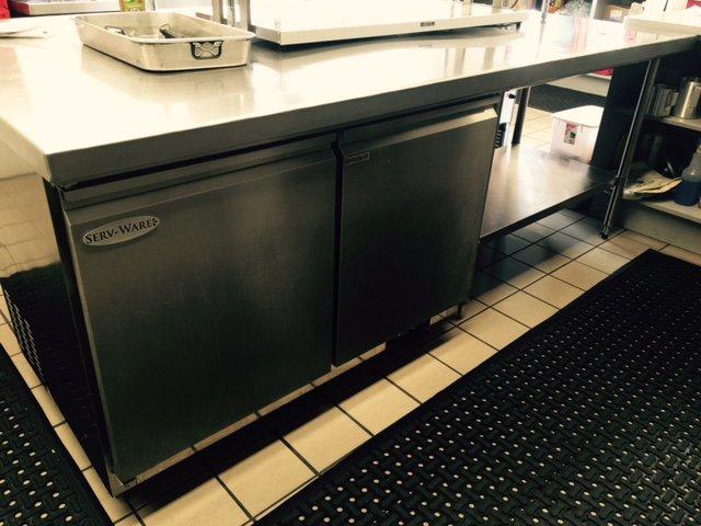 Restaurant refrigeration equipment
