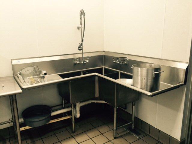 Resataurant sinks - stainless steel