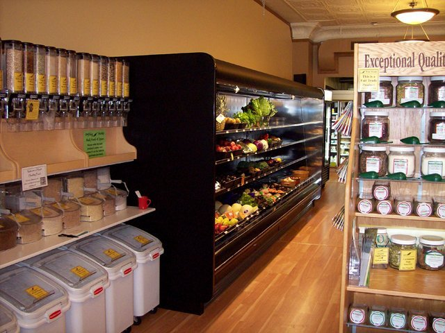 Refrigerated produce display cases