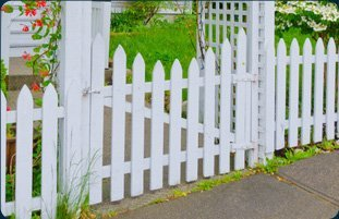 Fences | Bismarck, MO | Burch Fencing | 1-800-985-0438