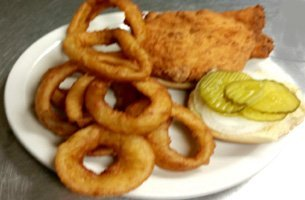 Family restaurant | Terre Haute, IN | The Bush | 812-238-1148