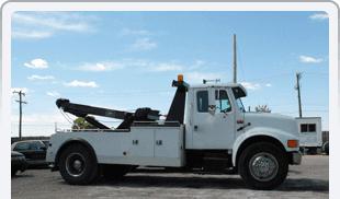 24/7 emergency roadside assistance | Waupaca, WI | Waupaca Mobil Travel Center | 715-258-7676