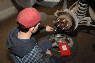 Champs M&H Auto Repair - Eastpointe, MI - Auto Systems