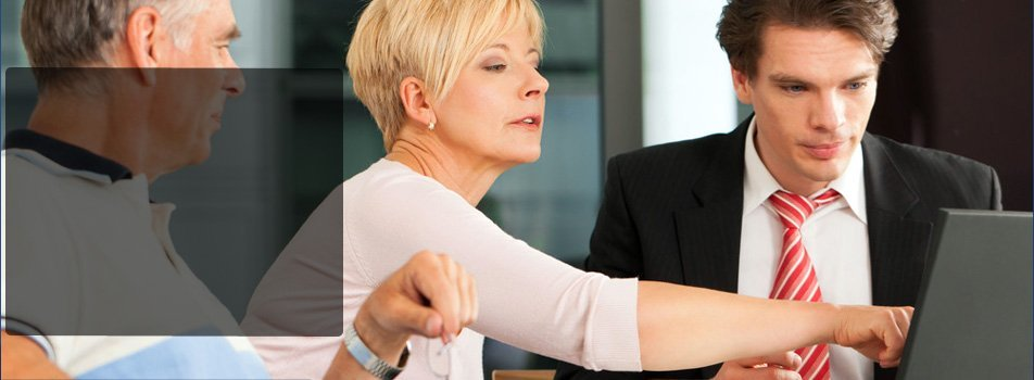 Couples planning assets with a lawyer