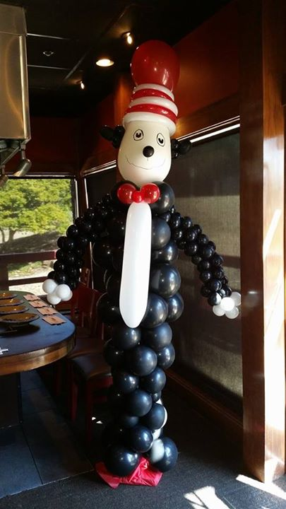 Cat in the Hat Balloon Sculpture