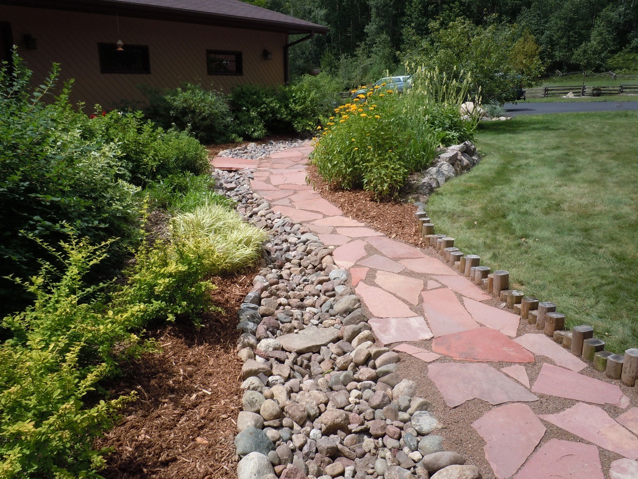 Customers Choice Landscaping | Stone walkway