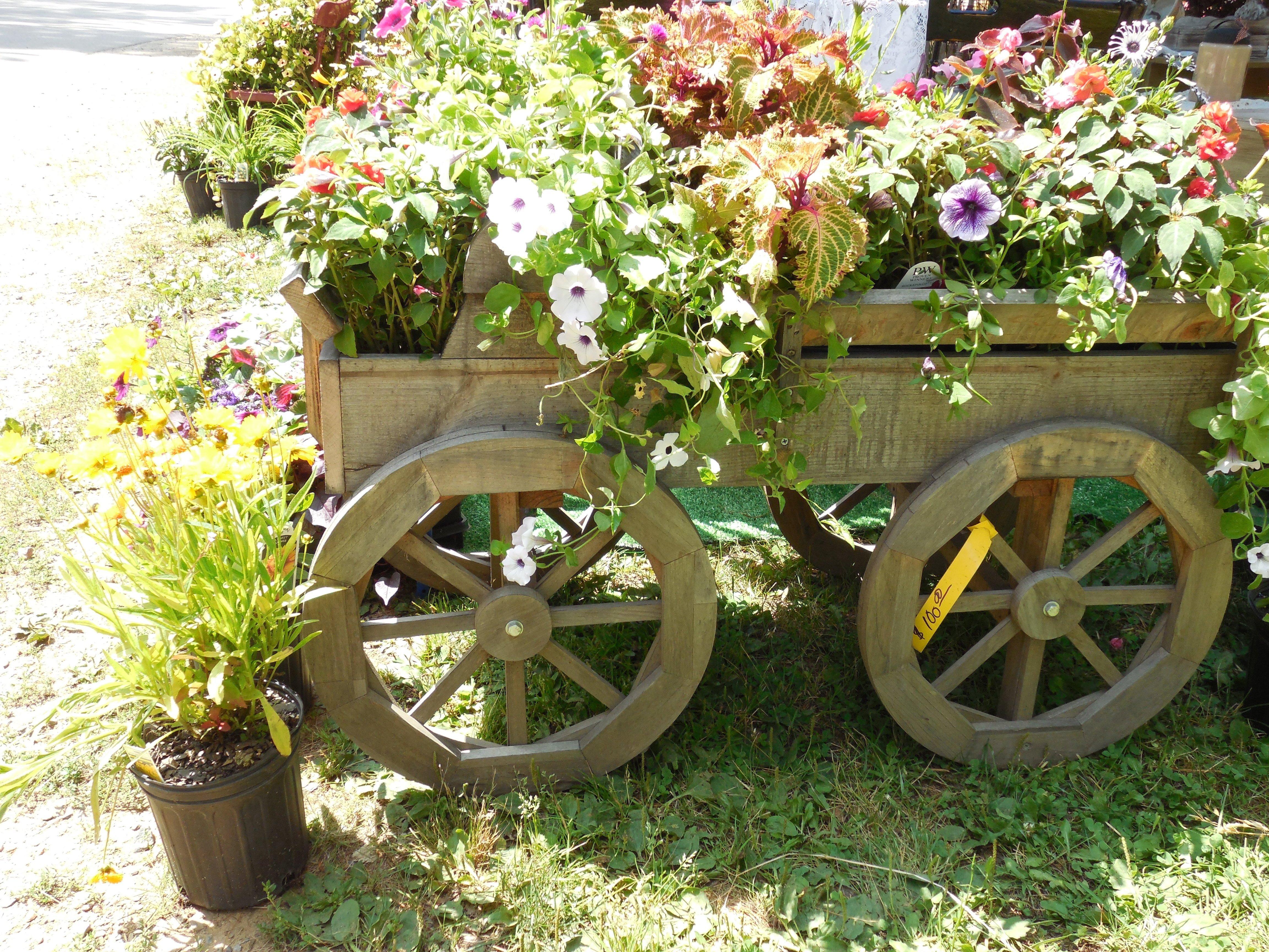 Ccl gardens landscaper and gardener rhinelander wi for Gartendeko ausgefallen