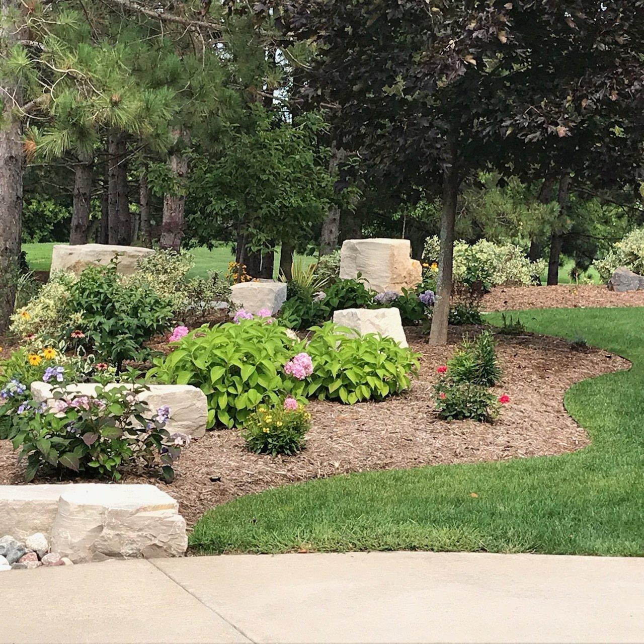 Beautiful Home Gardens Designs Ideas: Gorgeous Side Yard Garden Design Ideas For Your Beautiful