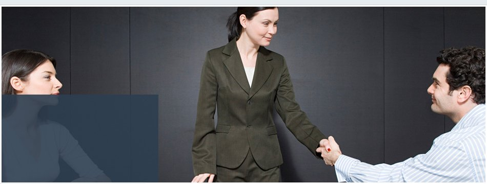 A man handshaking to a woman