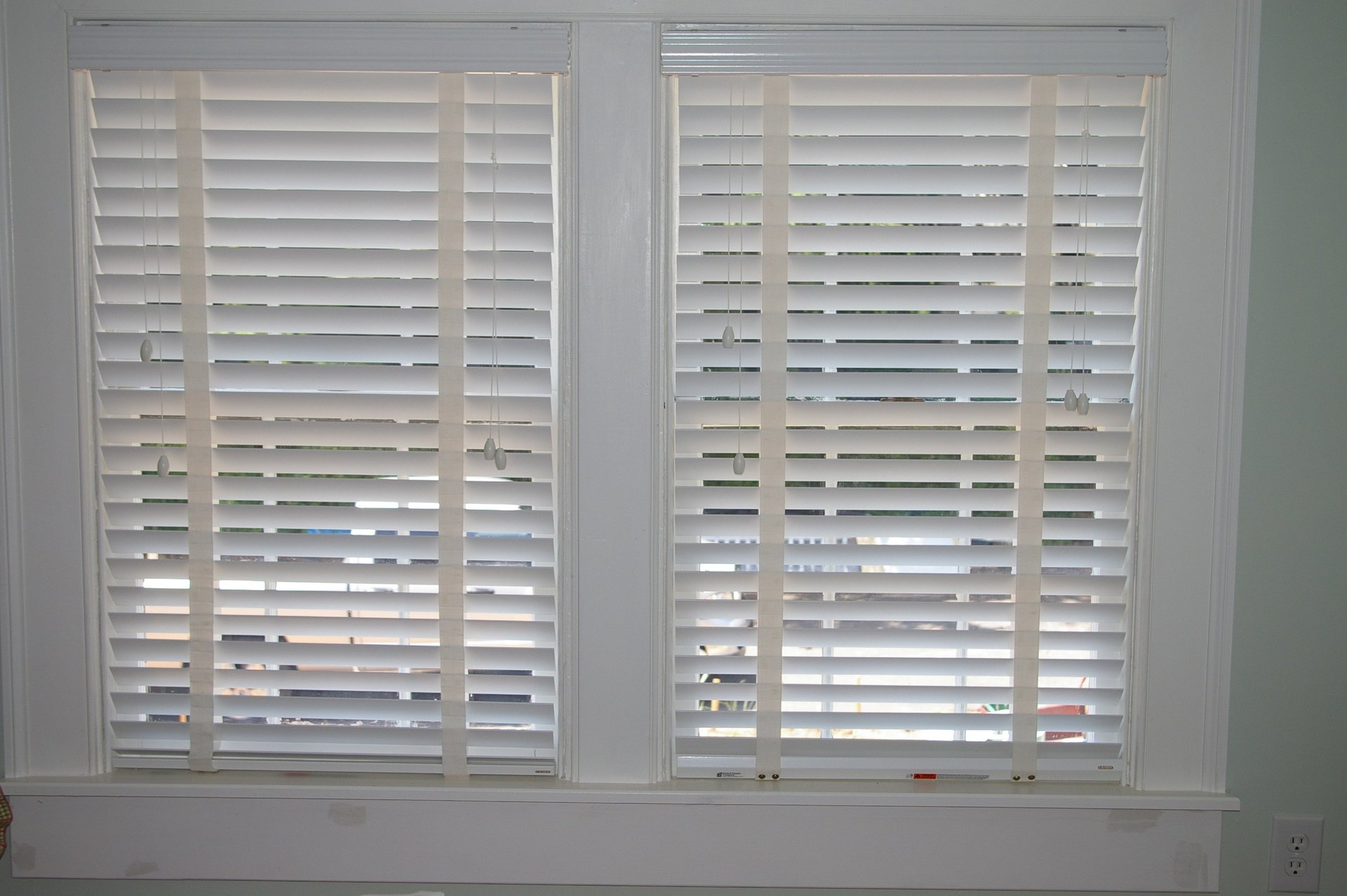 dark estate blinds blind oak walmart in wood com cordless faux ip regal