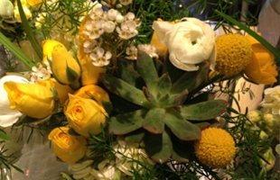 Floral Arrangements | Terre Haute, IN | The Station Floral & Hair Design Studio | 8122350310