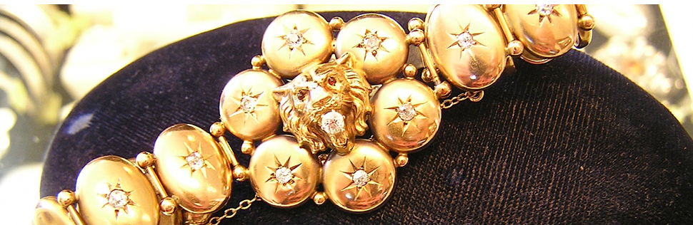 Gold lion head bracelet