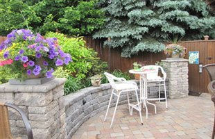 Patio with hardscape
