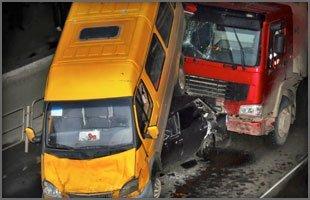 Truck Accident Lawyer | Gulfport, MS | Davis & Davis PLLC | 228-864-9922
