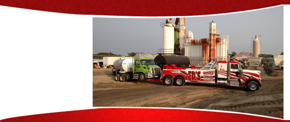 Towing   Willmar, MN   Ed's Service Center & Towing   320-235-5945