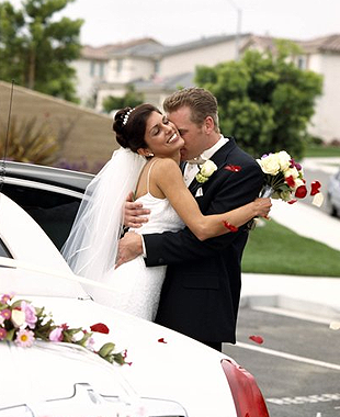 Weddings | Proms | Boston, MA| Good Times Limousine | 508-525-2888| Good Times Limousine | 508-525-2888