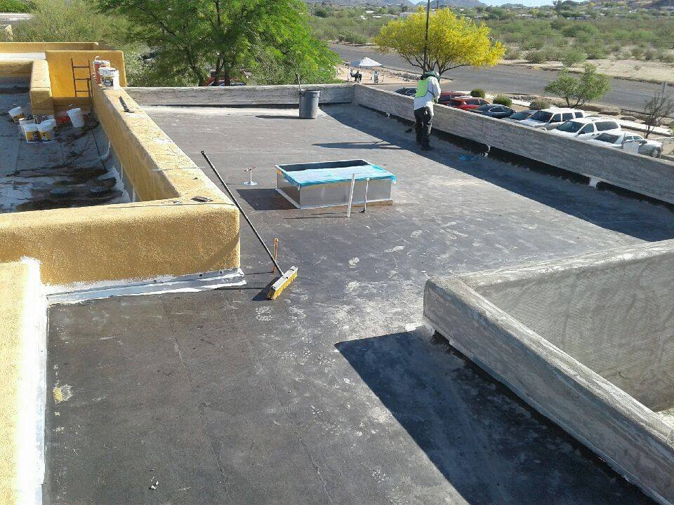 work in progress of a flat roofing