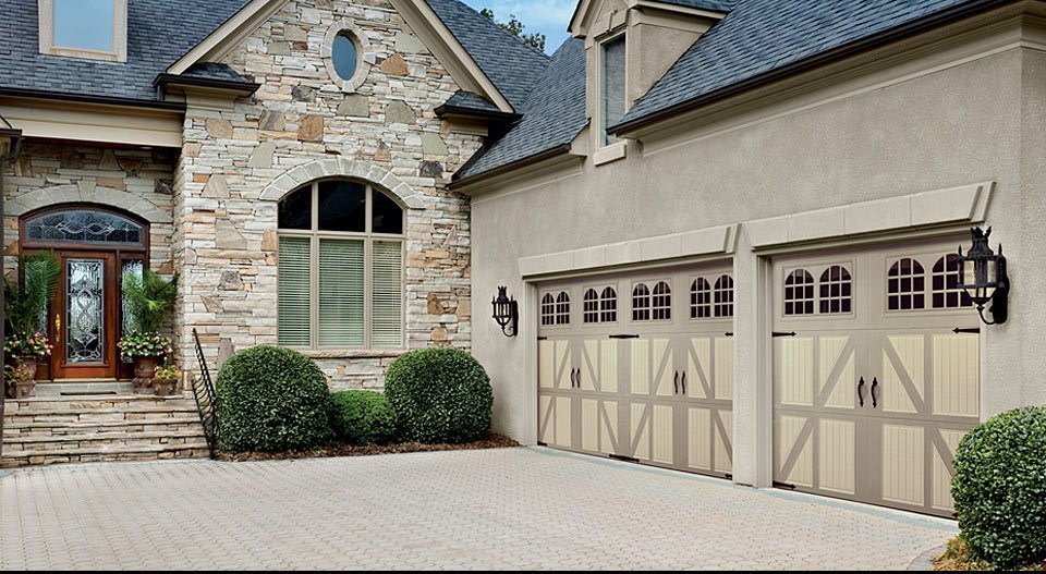 House with beautiful garage doors