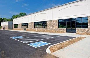 Parking Lot Paving | Utica, NY | Richard's Paving | 315-735-6994