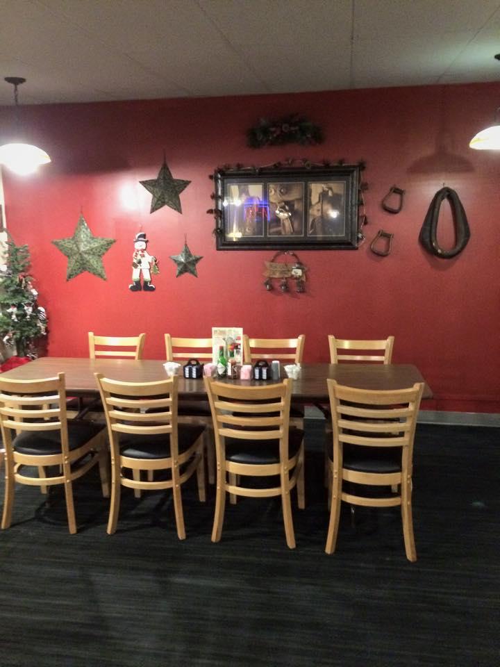 Restaurant table decorations