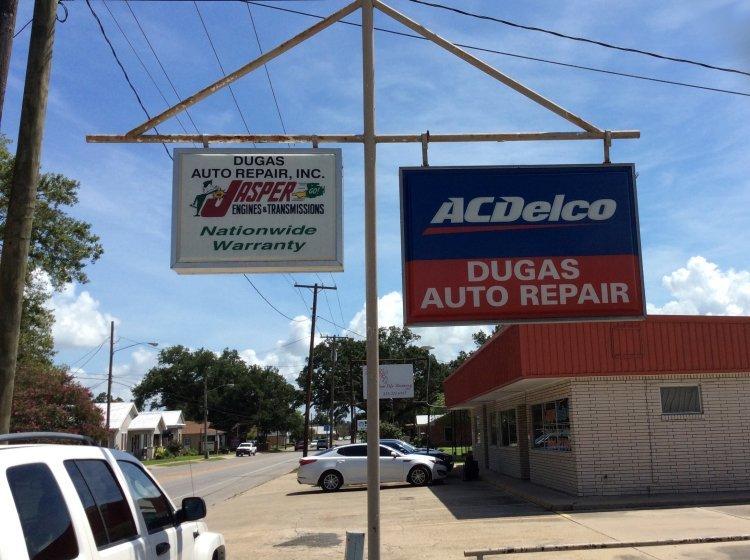 Dugas Auto Repair sign board