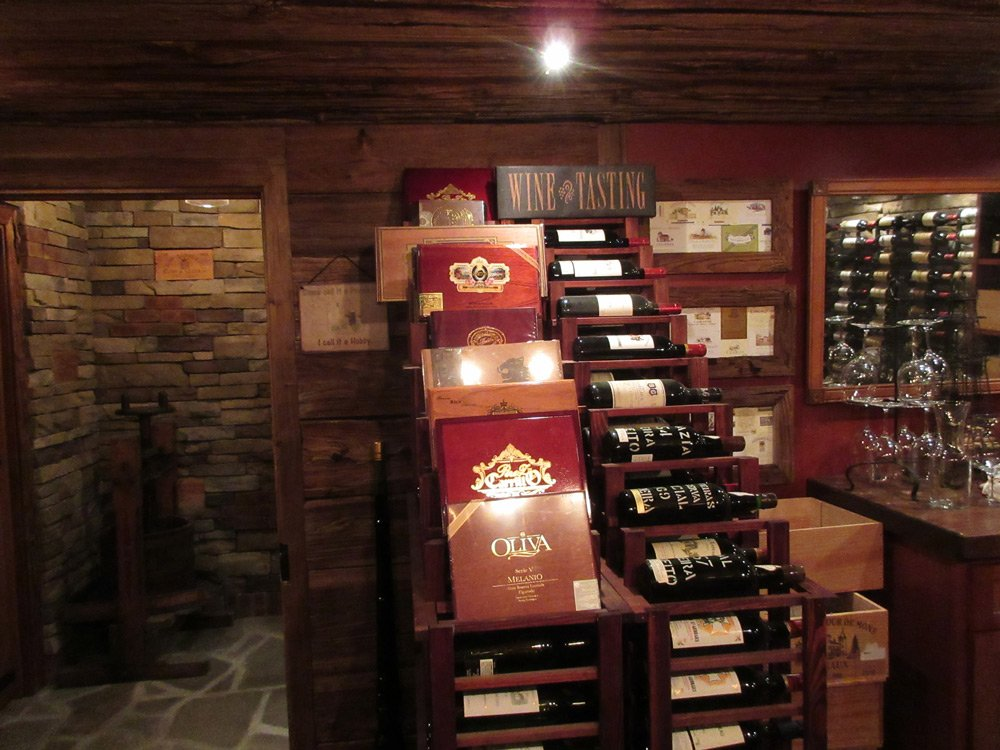 Custom Wine Cellars/Humidor