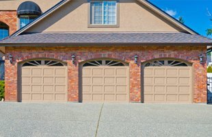 24 Hour Garage Door Service | Cheyenne, WY | Capital City Doors | 307-640-5333
