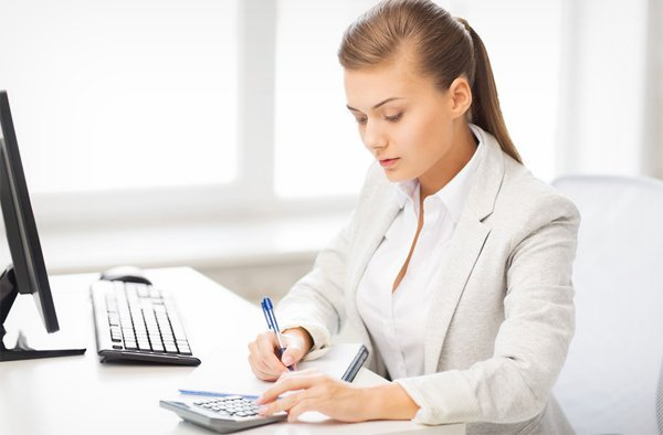Accountant doing her paperwork