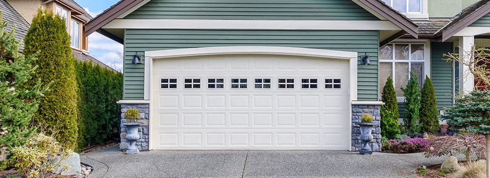Residential Garage Doors Door Installations Omaha Ne