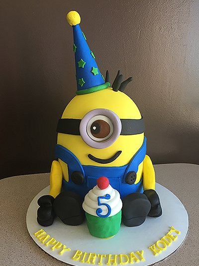 Minion inspired cake