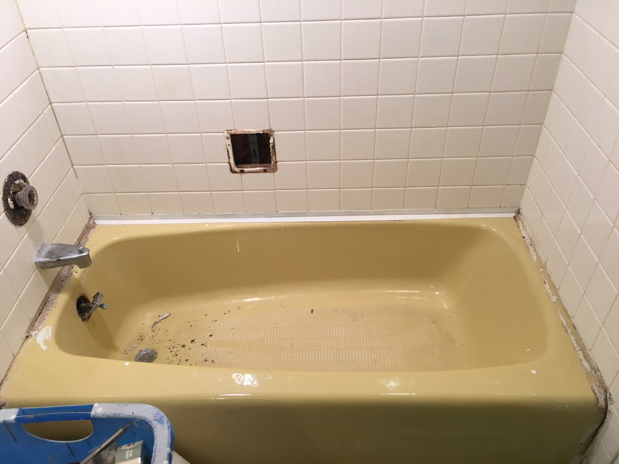 bathtub chipped how porcelain to refurbishing surface repair sink a tub l chip cleaning and all